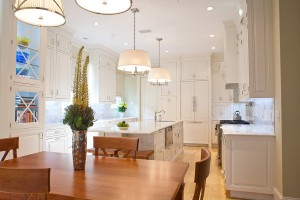 traditional-white-kitchen-cabinets-university-park