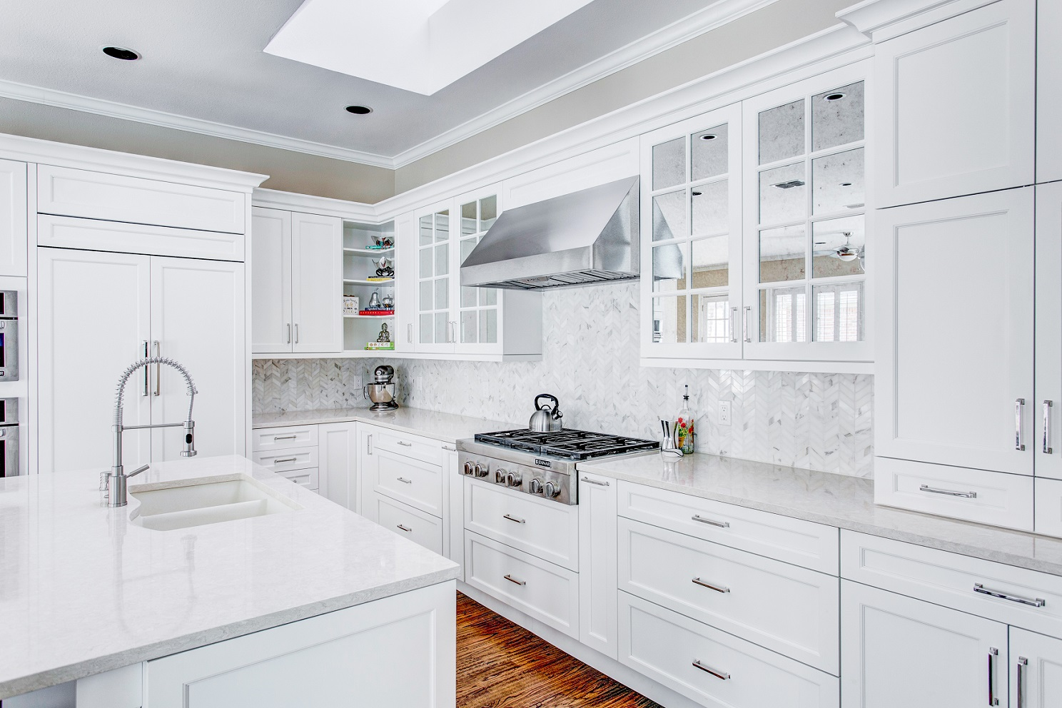 """Kitchens """"Wear"""" White Before and After Memorial Day?  Kitchen"""