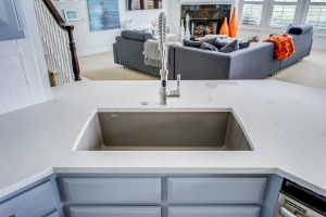 Sink Styles- Farmhouse vs. Single Bowl Undermount