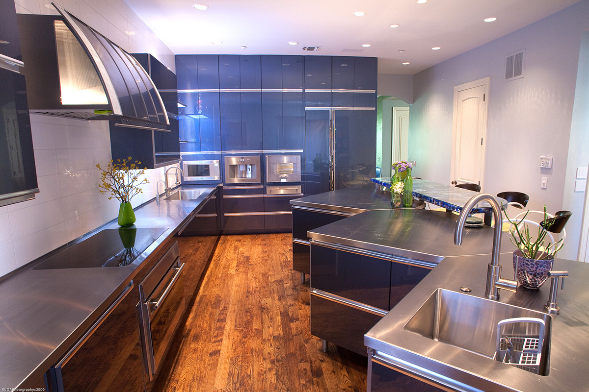 Modern kitchens kitchen design gallery kitchen design for Kitchen design images gallery