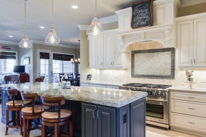 traditional-white-kitchen-cabinets-black-kitchen-cabinets
