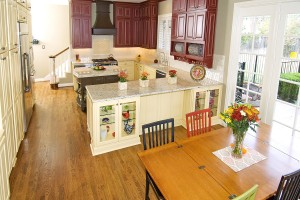 traditional-kitchen-remodel-dallas-painted-kitchen-cabinets