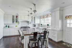 traditional white rock lake estates kitchen