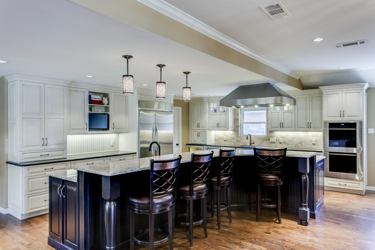 Traditional kitchens kitchen design concepts for Renovating kitchen units